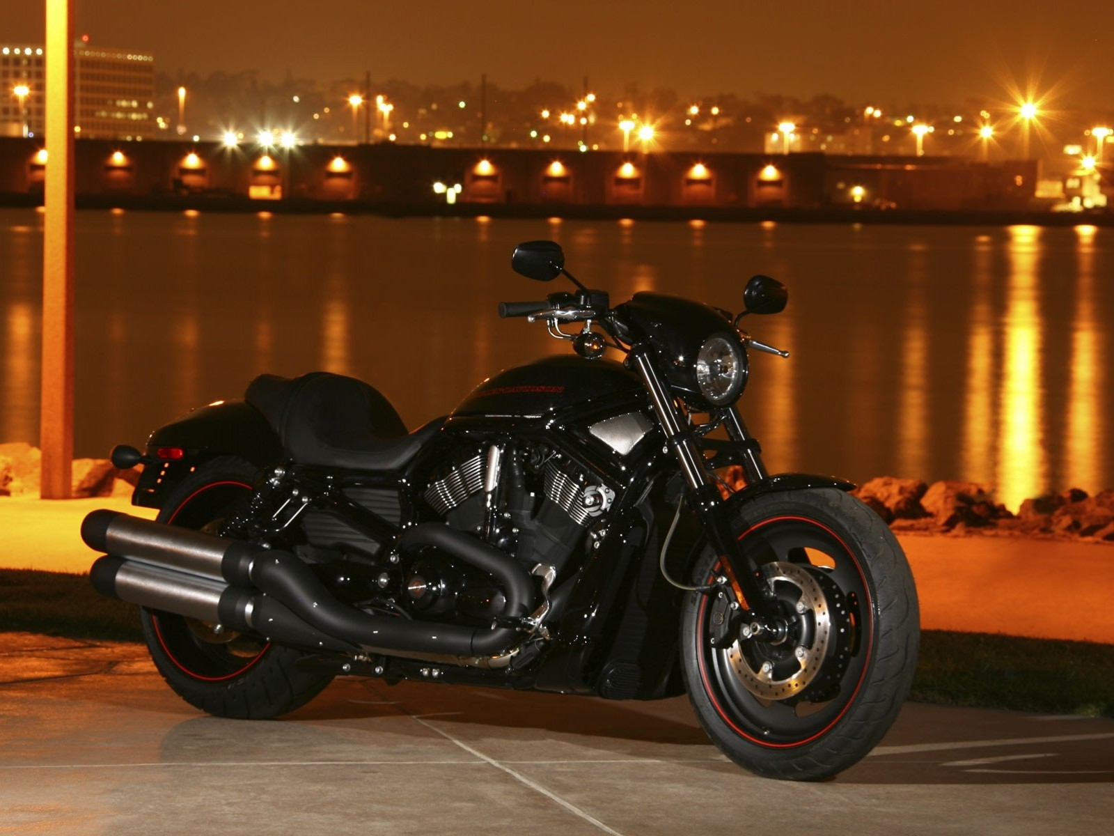 wallpapers harley vrscdx front view in 1600x1200 resolution. Black Bedroom Furniture Sets. Home Design Ideas