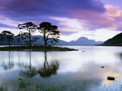 Scotland wallpapers - Loch Maree, Ross and Cromarty,