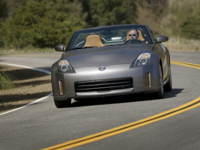 Nissan 350Z Roadster 2008 road
