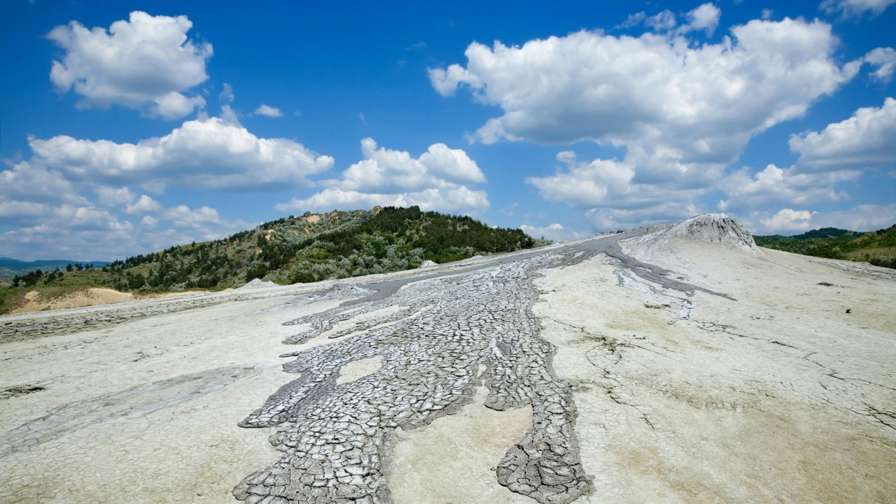 Wallpapers Catalogue Com Romania Mud Volcano In
