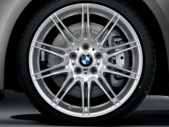 Car wallpapers - BMW 3 Cabrio wheel