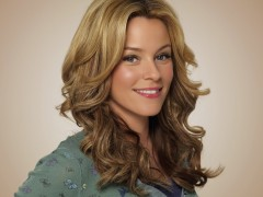 Elizabeth Banks photo
